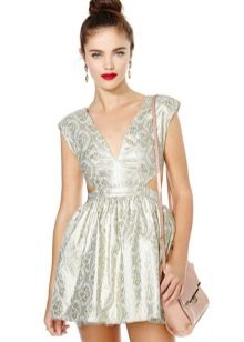 мини-платье из белой парчи