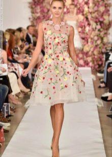 поплиновое платье с цветочным орнаментом