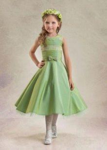 зеленое платье на выпускной 4 класс