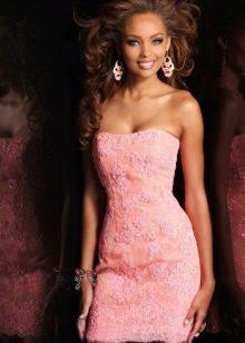 аксессуары к кружевному вечернему платью розовому