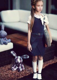 Школьное платье для девочек без рукав