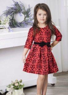 Трикотажное праздничное платье для девочки с принтом