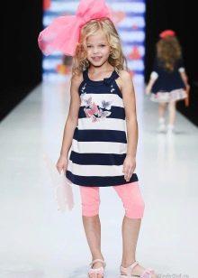 Трикотажное летнее платье-туника для девочки в полоску