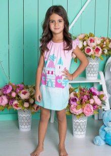 Трикотажное платье для девочки короткое летнее