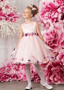 Розовое короткое платье выпускное в детский сад