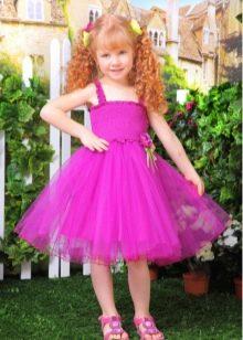 Короткое лиловое выпускное платье в детский сад