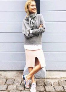 Юбка карандаш со свитером