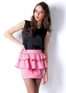 розовая мини-юбка с воланами