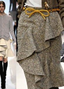 юбка с воланами в деловом костюме