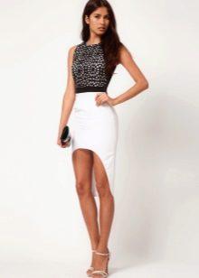 Асимметричная юбка с черным топом