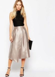 Блестящая асимметричная юбка