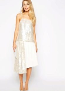 Асимметричная юбка с отделкой пайетками
