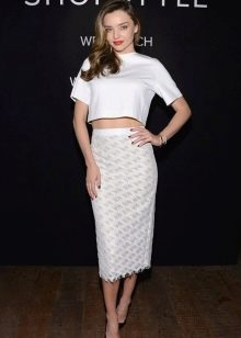 кружевная белая юбка-карандаш