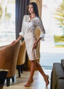 белая юбка-карандаш  с кружевной блузкой