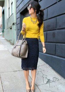 Черная кружевная юбка карандаш