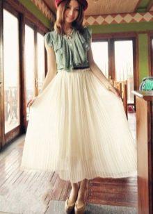 Длинная белая юбка полусолнце с блузой