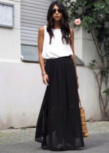 Длинная черная юбка полусолнце