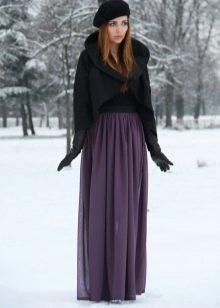 юбка-макси в зимнем образе