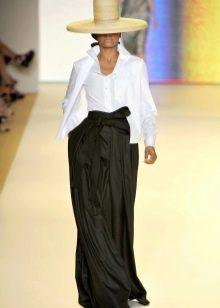 черная юбка-макси с бантом на поясе