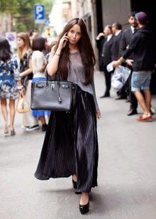 черная длинная юбка-плиссе