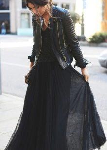 черная юбка из легкой ткани
