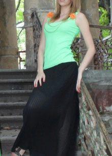 длинная черная юбка с майкой