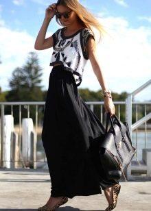 длинная черная юбка с ассиметричным топом
