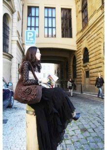 черная юбка-макси из жатой ткани