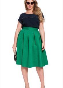 зеленая пышная юбка-миди для полных женщин