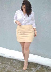 короткая юбка для полных женщин
