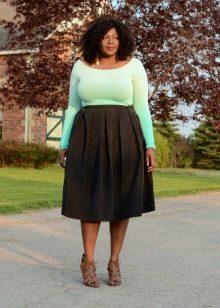 темная юбка-солнце для полных женщин