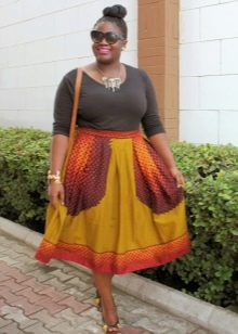летняя юбка-миди для полных женщин