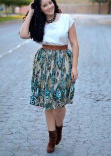 пестрая юбка-миди для полных женщин