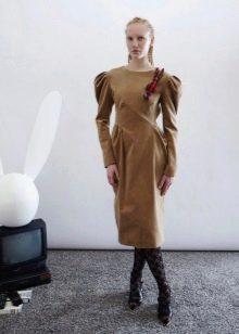 Платье с рукавом со зборками