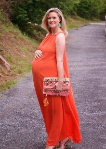 Оранжевое свадебное платье для беременных