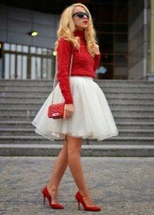Короткая пышная белая юбка пачка