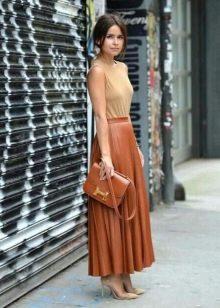 Длинная рыжая кожаная юбка солнце плиссе