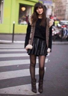 Кожаная юбка солнце для стройных девушек