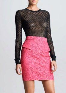кружевная юбка-карандаш  с воланом на поясе