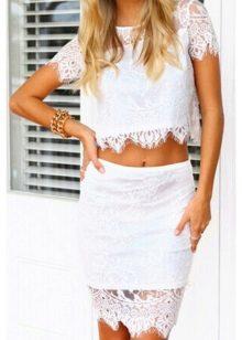летняя юбка-карандаш из белых кружев