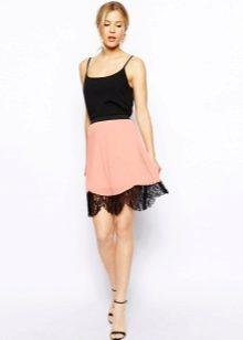 Легкая летняя юбка кораллового цвета