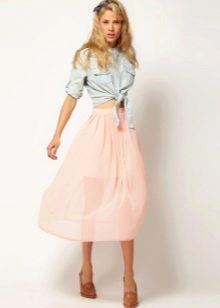 Струящаяся летняя юбка ниже колена