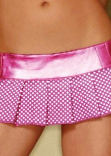 розовая микро юбка в мелкий горошек