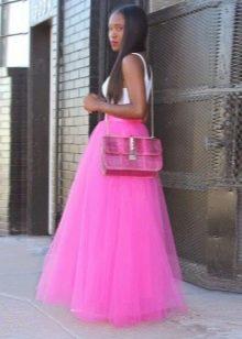 Розовая многослойная длинная юбка