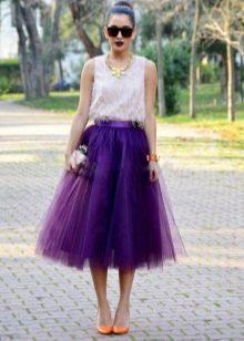 Многослойная юбка средней длины