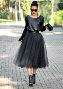 Черная многослойная юбка