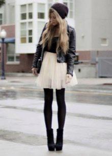 Многослойная короткая юбка цвета слоновая кость