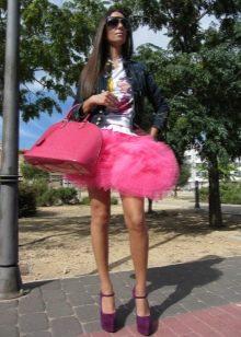 Многослойная розовая короткая юбка