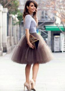 Многослойная коричневая юбка из фатина