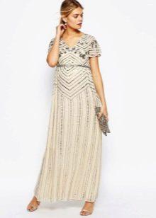 Бежевое нарядное платье для беременных